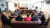 AHILIK - Minibüsçüler Ve Servis İşletmecileri Başkan Büyükkılıç'ı Ziyaret Etti