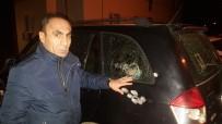 BAYHAN - Pendik'te İş Adamının Aracına Kurşun Yağmuru