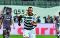 OĞUZHAN ÖZYAKUP - Spor Toto Süper Lig Açıklaması Bursaspor Açıklaması 2 - Beşiktaş Açıklaması 1 (İlk Yarı)