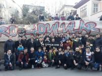 UĞUR DEMİROK - Trabzonspor'un Kaptanları Onur Ve Uğur Taraftarlarla Buluştu