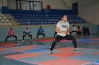 CENGIZ ŞAHIN - Üç Ülkenin Sporcuları Tatvan'da Kamp Yapıyor