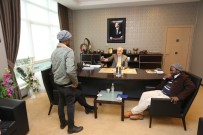 MOZAMBIK - Afrikalı Öğrencilerden Başkan Kösemusul'a Ziyaret