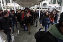 HALKEVLERI - Antalya'da İzinsiz Açıklamaya Polis Müdahalesi
