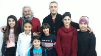 Aylan Bebekten Etkilendi, Suriyeli Mültecilerin Filmini Çekti