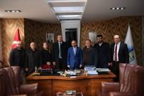 HÜSEYİN ÜZÜLMEZ - Başkan Üzülmez, CHP Kartepe Yönetimini Ağırladı