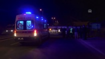 BAĞDAT CADDESI - Başkentte Otomobil Tıra Çarptı Açıklaması 1 Ölü, 1 Yaralı