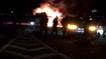 GÖRGÜ TANIĞI - Koyun sürüsüne çarpan minibüsü benzinle ateşe verdi!