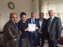 AHMET ÇELIK - Engelli Öğrencinin Diploması Evinde Takdim Edildi