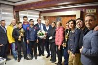 HATIRA FOTOĞRAFI - Görme Engelli Sporculardan Başkan Çerçi'ye Teşekkür