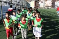 FUTBOL OKULU - Hizan'da Futbol Okulu Açıldı
