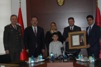 GAZİ YAKINLARI - Konya'da Şehit Aileleri Ve Gazilere Devlet Övünç Madalyaları Verildi