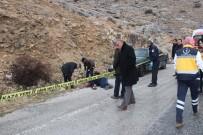 MUSTAFA TAŞKIN - Konya'da Yol Kenarında Ceset Bulundu