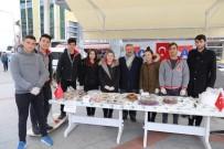 HÜSEYIN ÖNER - Lise Öğrencilerinden Mehmetçik Vakfına Destek Kermesi