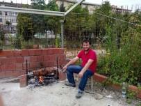 RECEP ŞAHIN - Otoparkçı Sırra Kadem Bastı