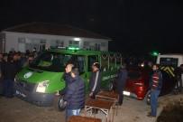 ŞEREF AYDıN - Saldırı Kurbanı Anne Ve İki Çocuğu Toprağa Verildi