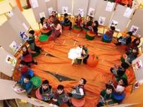 SIYAH BEYAZ - Sanat Haftasında GKV'li Minik Ressamları İş Başında