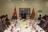 SÜLEYMAN ELBAN - Vali Elban Afrin'e Gönderilecek Askerlerle Yemekte Buluştu