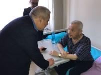 AİLE DANIŞMA MERKEZİ - Vali Güvençer Akhisar'da Temaslarda Bulundu