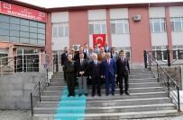 AKıL OYUNLARı - Vali Kamçı Hacılar'da Muhtarlarla Buluştu
