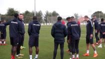 OSMANLISPOR - 'Antalyaspor Batmaz, Antalya Halkı Buna İzin Vermez'