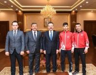 DARıCA GENÇLERBIRLIĞI - Dubai Şampiyonu Aray Şamdan, Madalyasını Kocaeli Valisi'ne Götürdü