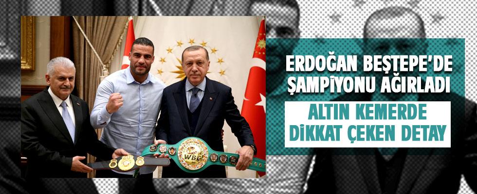 Erdoğan dünya şampiyonu boksorü kabul etti