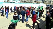 MÜLTECİ KAMPI - Gazze Şehidini Uğurladı