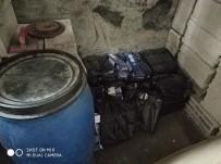 KAYIT DIŞI EKONOMİ - Kars'ta 990 Paket Kaçak Sigara Yakalandı