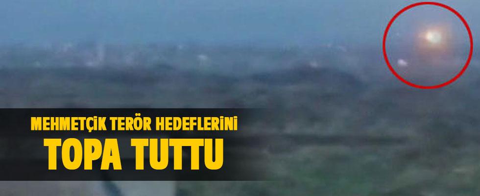 Mehmetçik terör hedeflerini topa tuttu