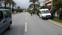 ALAADDIN KEYKUBAT - Motosikletle Cezaevi Aracı Çarpıştı Açıklaması 1 Yaralı
