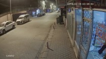 RÖGAR KAPAĞI - Rögar Kapağı Hırsızlığı Güvenlik Kamerasında