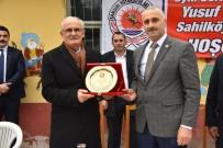 SAHİL YOLU - Sahilköy Muhtarı Sarıoğlu Açıklaması 'Hizmeti Büyükşehir İle Gördük'