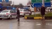 ZIRHLI ARAÇLAR - Suriye Sınırına Asker Sevkıyatı Devam Ediyor