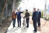BİSİKLET YOLU - Yaşar Kemal Yürüyüş Parkuru Yeniden Dizayn Ediliyor