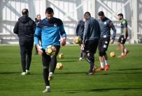 KAYACıK - A. Konyaspor, T.M. Akhisarspor Maçının Hazırlıklarını Tamamladı