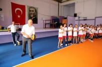 FEDERASYON BAŞKANI - Basketbolun Onur Ödülü Başkan Ergün'e