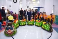 HATIRA FOTOĞRAFI - Çocuk Oyun Merkezi Vali'den Tam Not Aldı