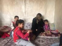 MERAL UÇAR - Kaymakam Uçar'dan Sümertaş Ailesini Ziyaret
