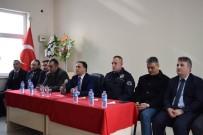 KONUT PROJESİ - Mutki Kaymakamı Muhtar Ve Vatandaşlarla Bir Araya Geldi