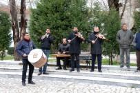 NURI ÖZDER - Edirne'de Davullu Zurnalı Kan Bağışı