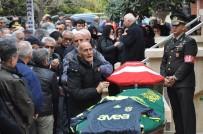 ASKERİ TÖREN - Emekli Albay Ve Oğlu Defnedildi