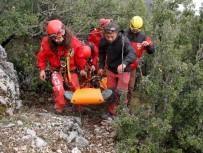 MEDİKAL KURTARMA - Fethiye'de Yamaç Paraşütü Kazası Açıklaması 2 Yaralı