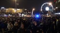 YEŞILLER PARTISI - Macaristan'da Eğitim Politikası Protesto Edildi