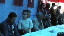 BAŞMÜZAKERECI - Bakan Çelik'ten Şehit Ailesine Ziyaret