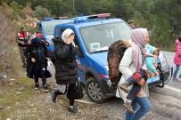 KÜÇÜKKUYU - Çanakkale'de 38 Kaçak Yakalandı