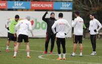 METİN OKTAY - Galatasaray, Ara Vermeden Akhisarspor Maçı Hazırlıklarına Başladı