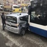 BAĞLUM - Geri Dönmeye Çalışan Otomobile Belediye Otobüsü Çarptı