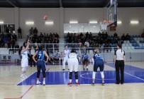 HOUSTON - Kadınlar Basketbol Ligi Açıklaması Elazığ İl Özel İdare Açıklaması 68 - İzmit Belediyespor Açıklaması 69
