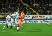 UFUK CEYLAN - Spor Toto Süper Lig Açıklaması Aytemiz Alanyaspor Açıklaması 1 - Trabzonspor Açıklaması 0 (İlk Yarı)