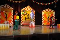 ROBOT - Akşehir'de, 'Benim Güzel Pabuçlarım' Oyunu Sahnelendi
